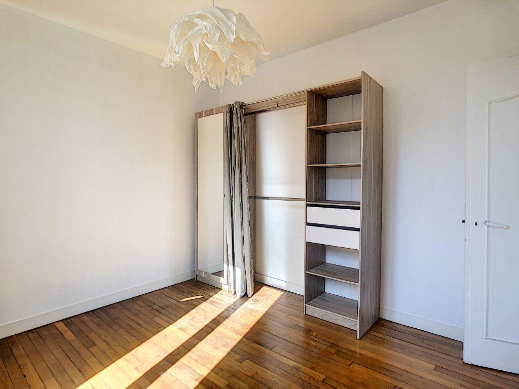 Appartement à louer 3 49.25m2 à Créteil vignette-10
