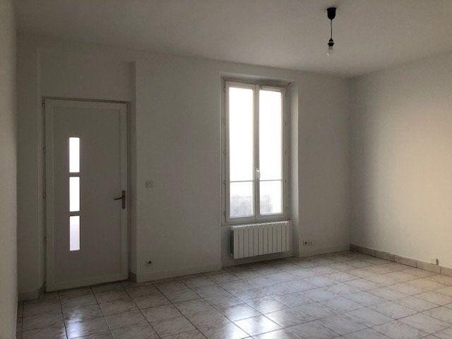 Maison à louer 3 67.76m2 à La Varenne - Saint-Maur-des-Fossés vignette-3