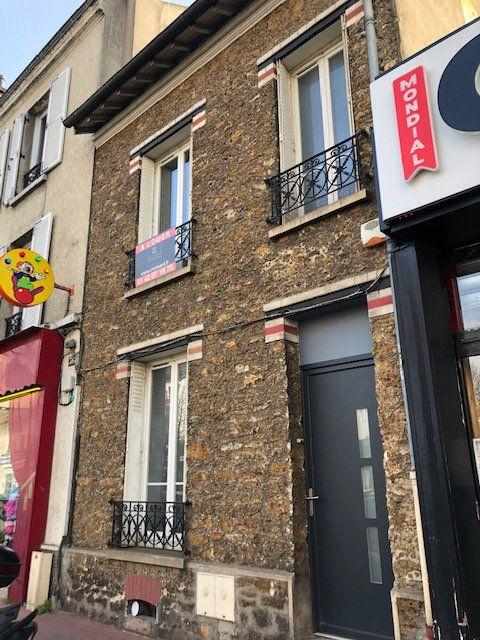 Maison à louer 3 67.76m2 à La Varenne - Saint-Maur-des-Fossés vignette-15