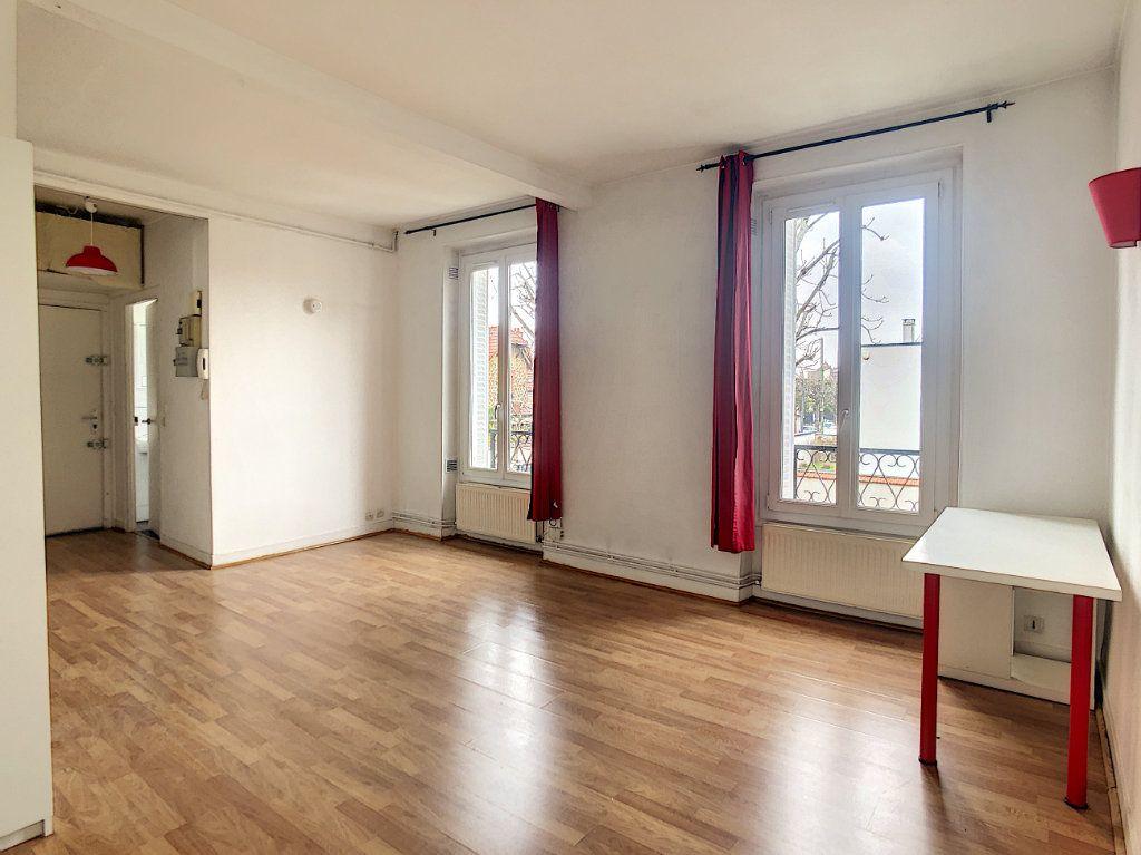 Appartement à louer 1 29m2 à Saint-Maur-des-Fossés vignette-11