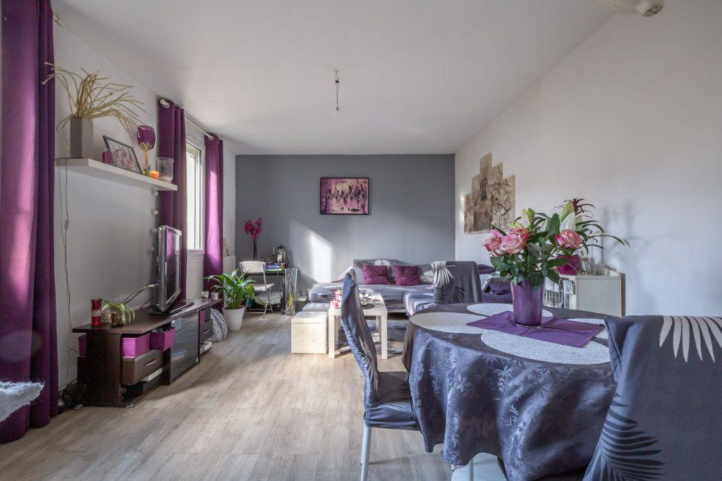 Maison à vendre 3 60m2 à Maisons-Alfort vignette-3