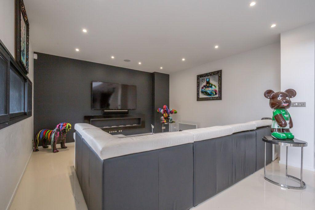 Maison à vendre 9 488m2 à Saint-Maur-des-Fossés vignette-11