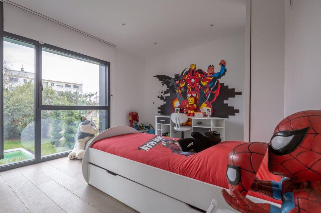 Maison à vendre 9 488m2 à Saint-Maur-des-Fossés vignette-15