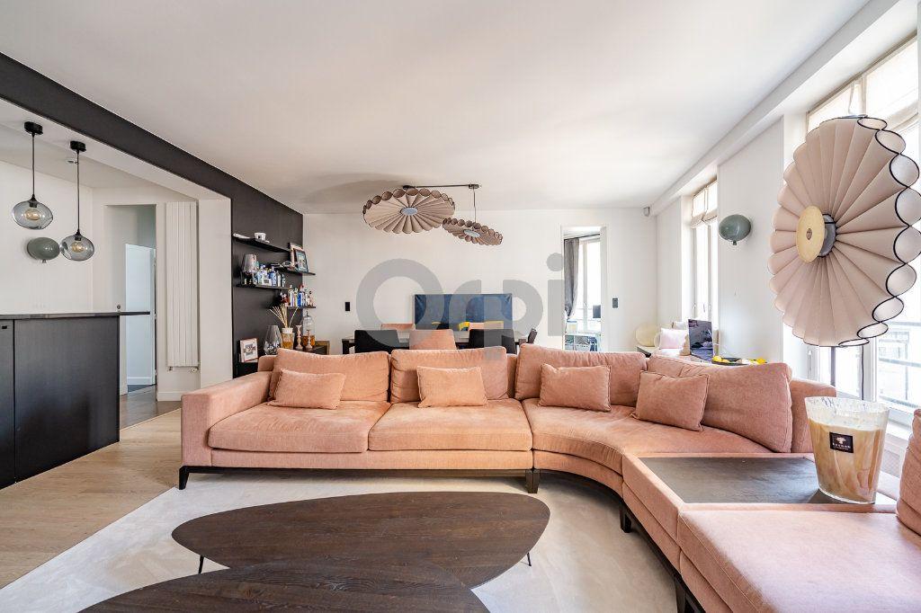 Appartement à vendre 4 92.03m2 à Paris 16 vignette-1