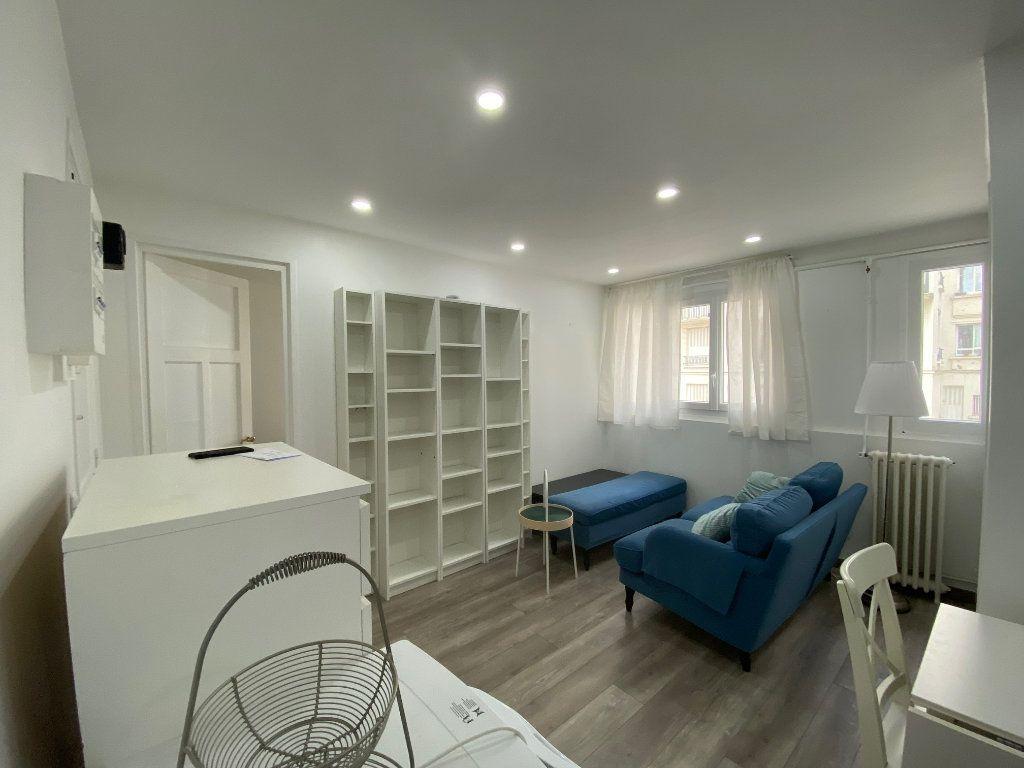 Appartement à louer 2 28m2 à Colombes vignette-3