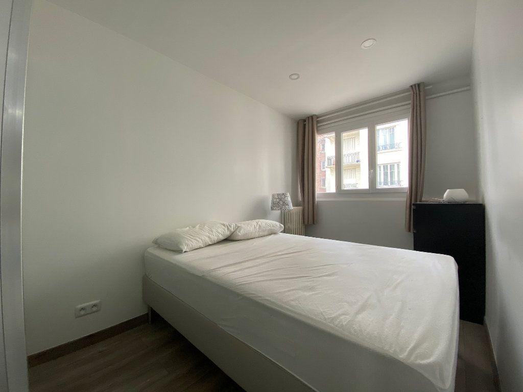 Appartement à louer 2 28m2 à Colombes vignette-6