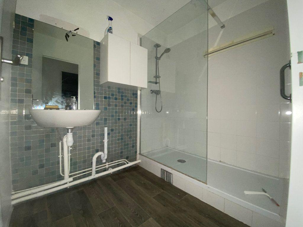 Appartement à louer 3 54.59m2 à Créteil vignette-6