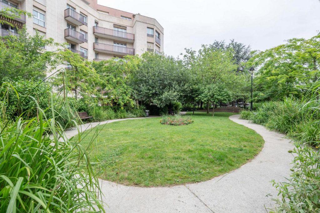 Appartement à vendre 2 57m2 à Joinville-le-Pont vignette-2