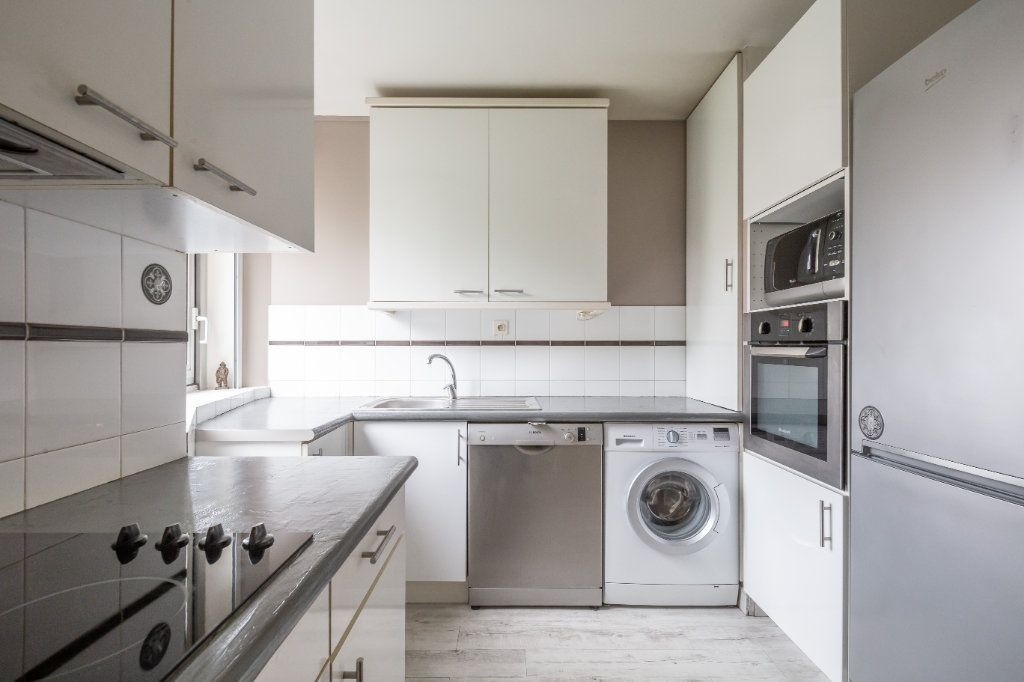 Appartement à vendre 2 57m2 à Joinville-le-Pont vignette-3