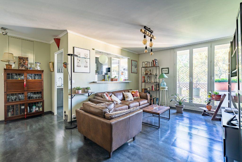 Appartement à vendre 3 63.85m2 à Limeil-Brévannes vignette-2