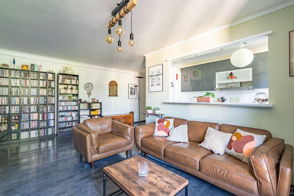 Appartement à vendre 3 63.85m2 à Limeil-Brévannes vignette-3