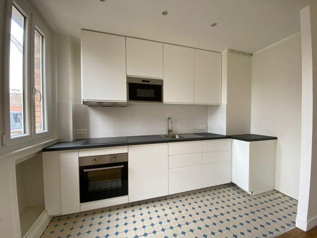 Appartement à louer 2 49m2 à Bois-Colombes vignette-4