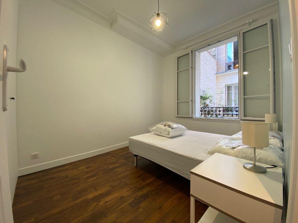 Appartement à louer 2 36.42m2 à Paris 18 vignette-4