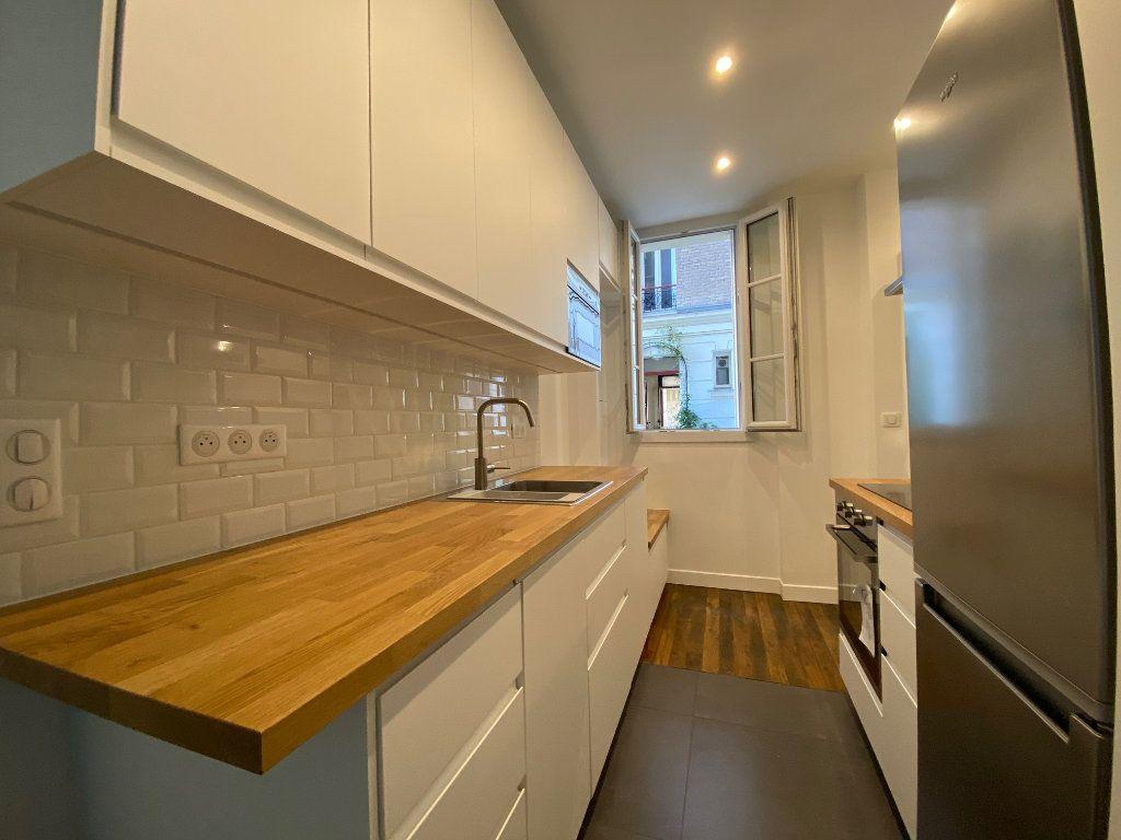 Appartement à louer 2 36.42m2 à Paris 18 vignette-7