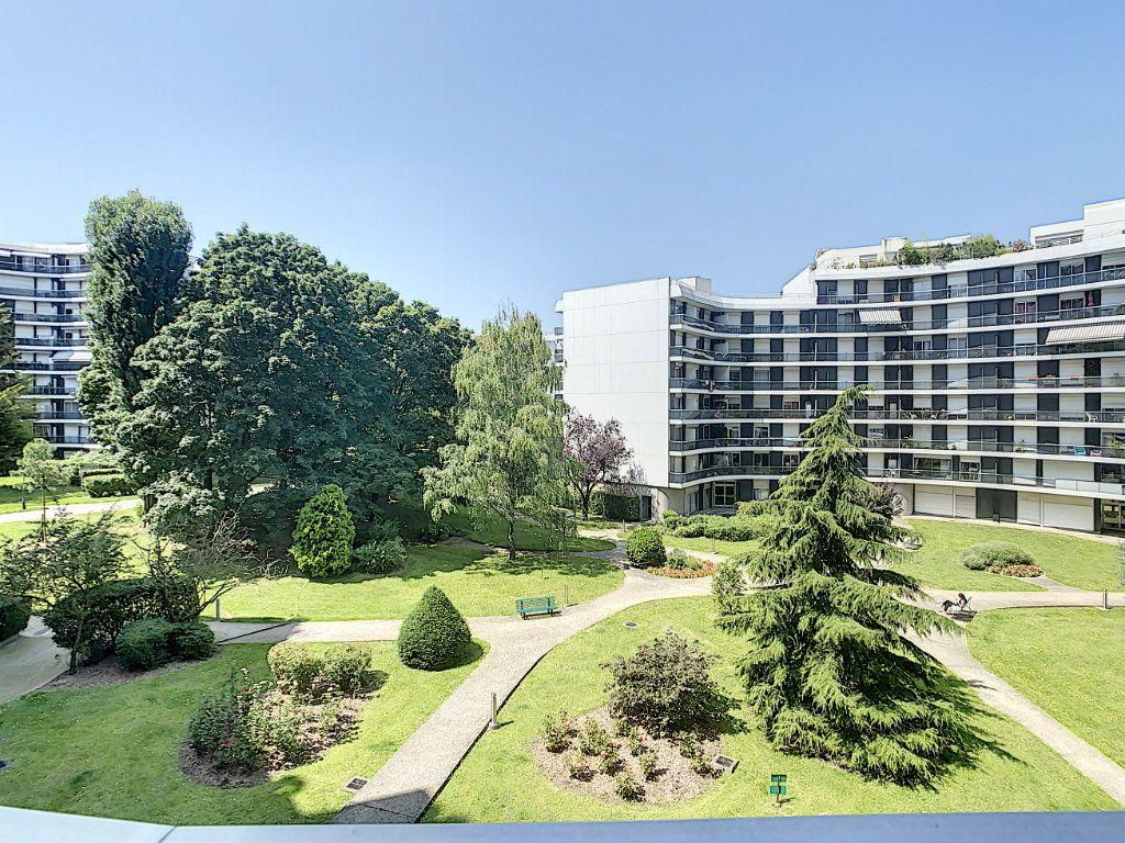 Appartement à louer 1 17.41m2 à Saint-Maurice vignette-5