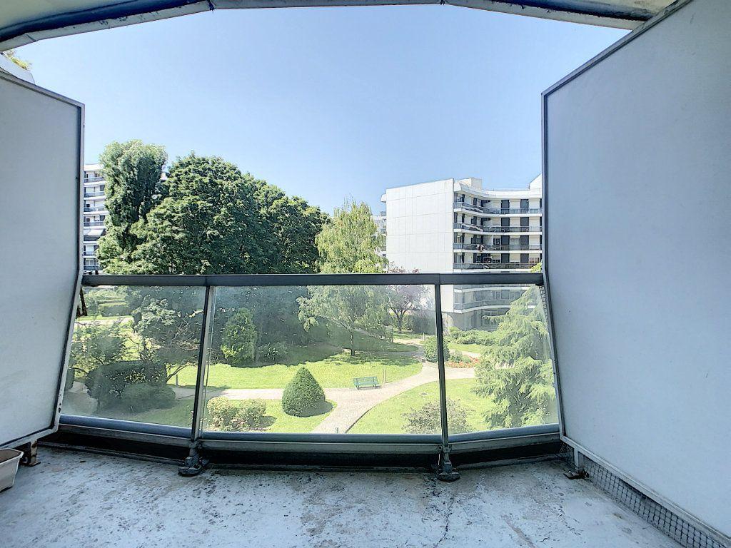 Appartement à louer 1 17.41m2 à Saint-Maurice vignette-6