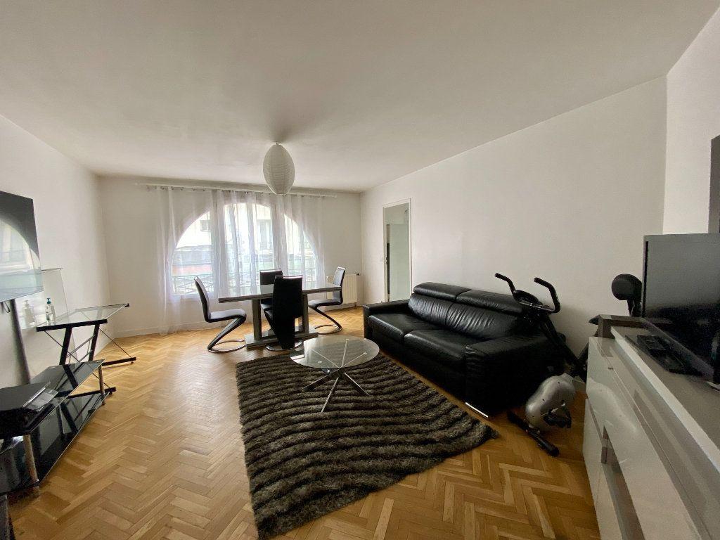Appartement à vendre 2 54.39m2 à Saint-Maurice vignette-1