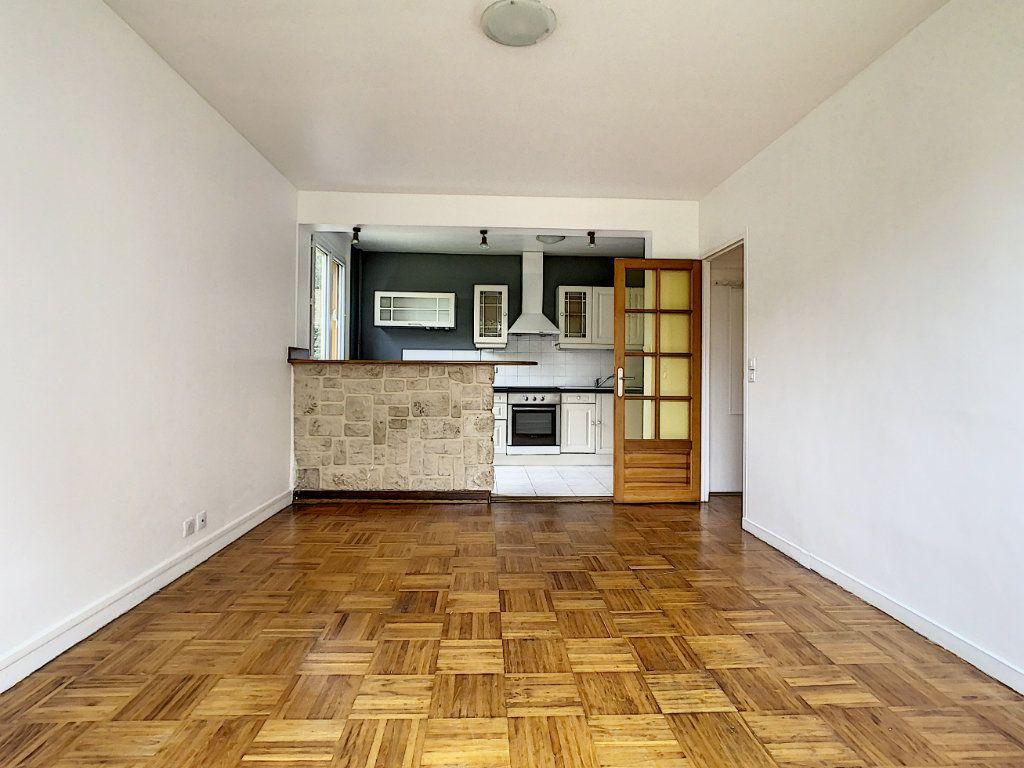 Appartement à louer 3 56m2 à Champigny-sur-Marne vignette-2