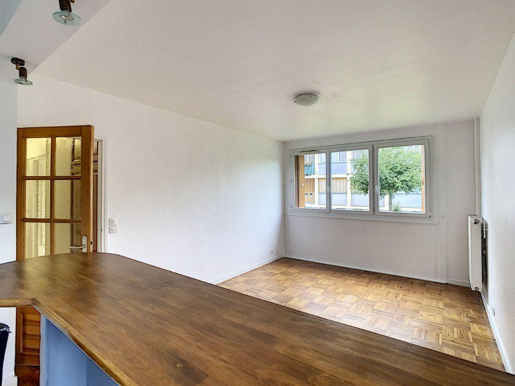 Appartement à louer 3 56m2 à Champigny-sur-Marne vignette-4