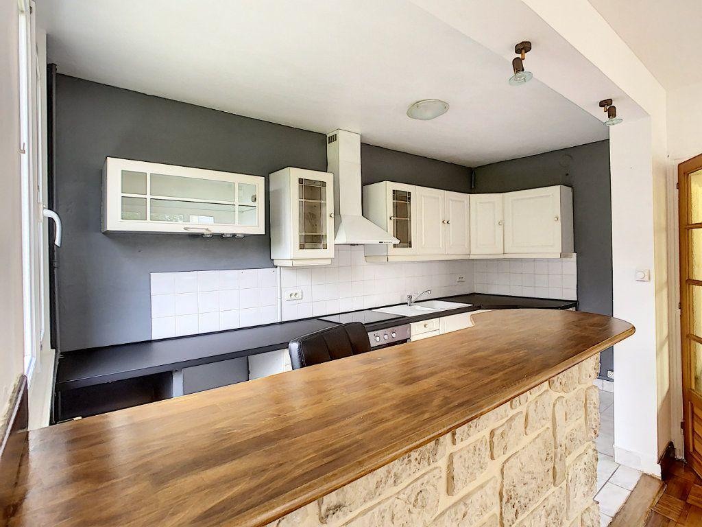 Appartement à louer 3 56m2 à Champigny-sur-Marne vignette-5