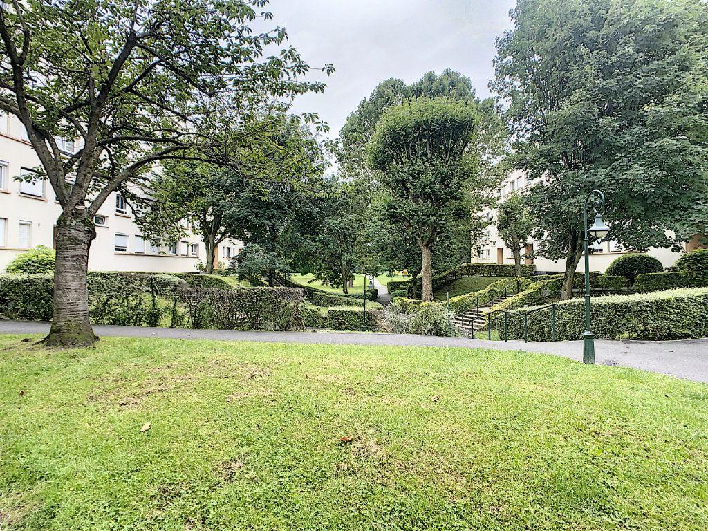 Appartement à louer 2 45m2 à Champigny-sur-Marne vignette-2