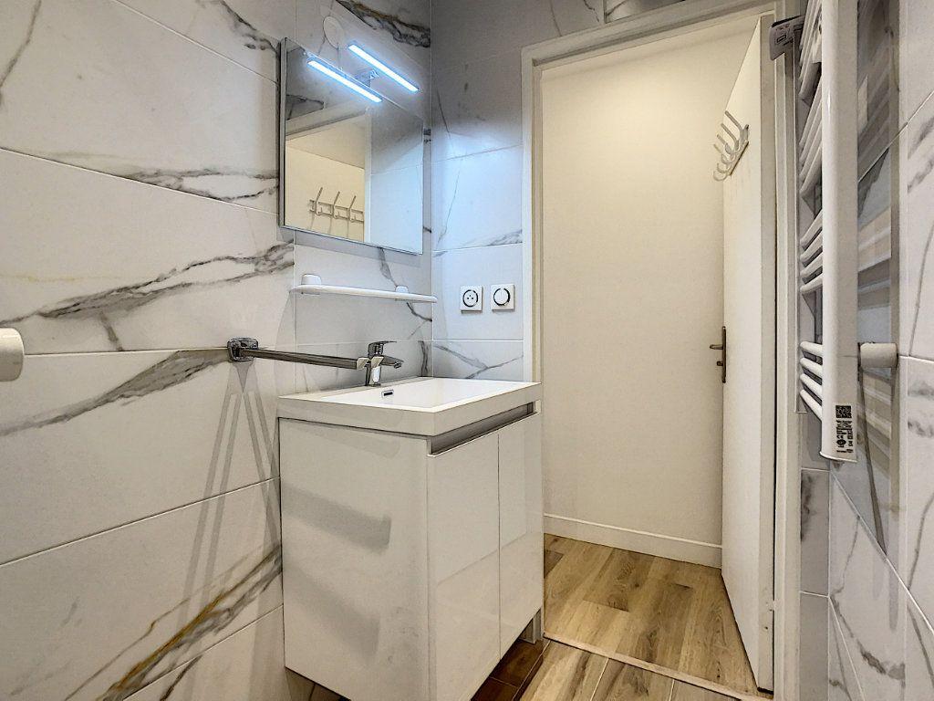 Appartement à louer 2 45m2 à Champigny-sur-Marne vignette-10