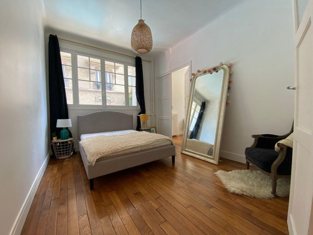 Appartement à louer 2 50m2 à Colombes vignette-3