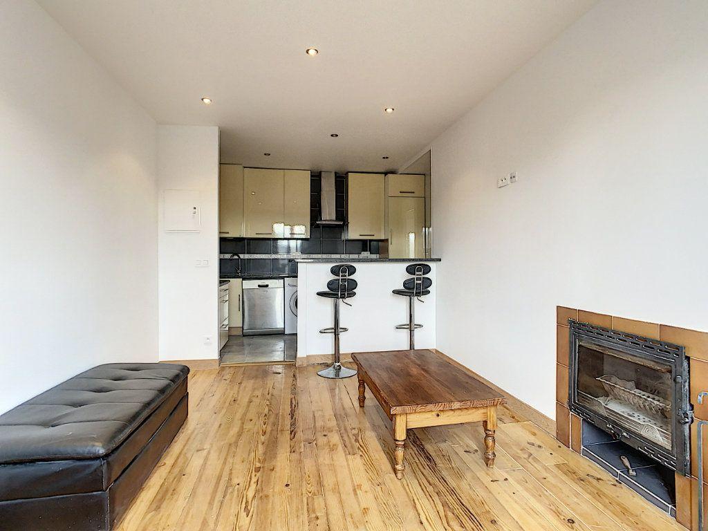 Appartement à louer 3 40.26m2 à Champigny-sur-Marne vignette-1