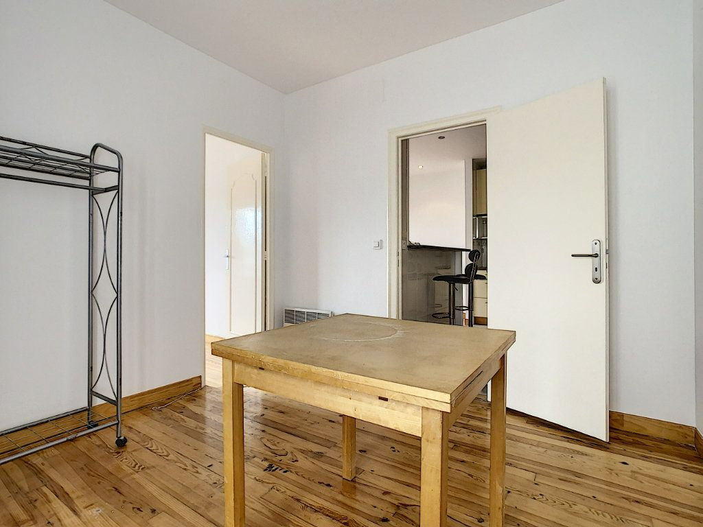 Appartement à louer 3 40.26m2 à Champigny-sur-Marne vignette-8