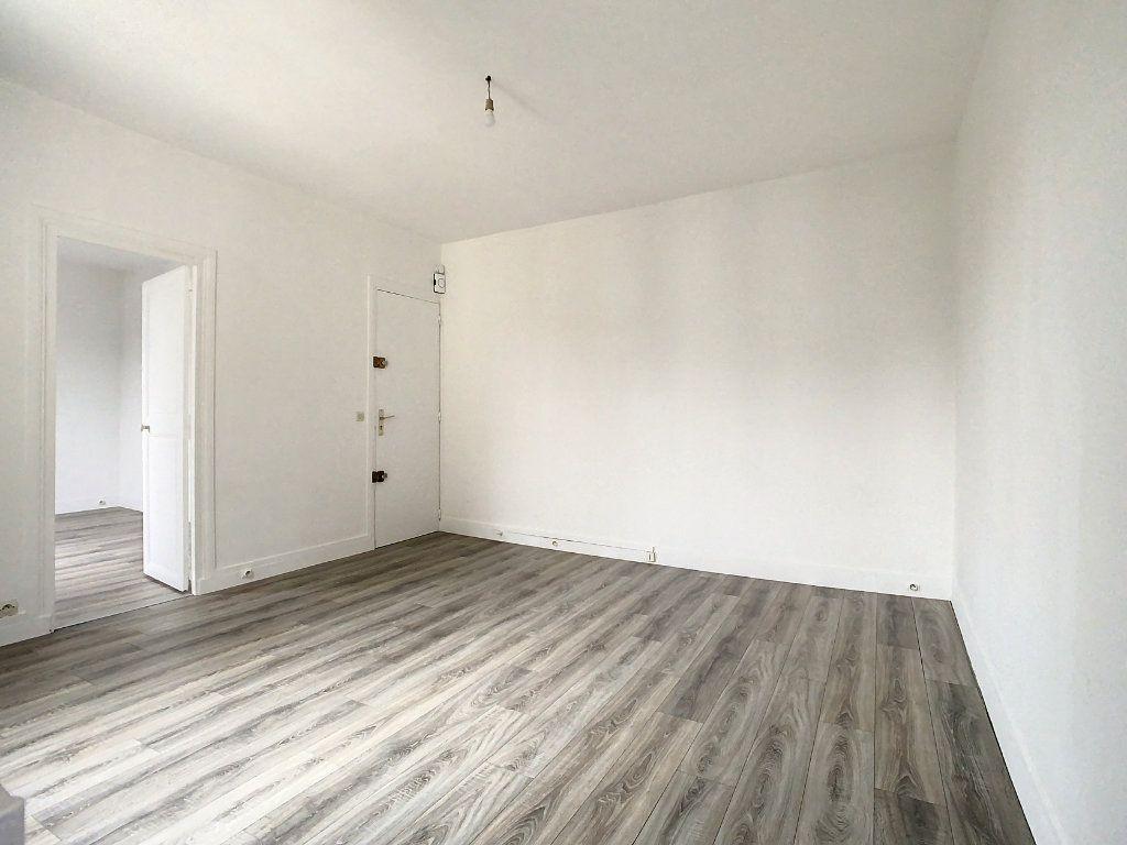 Appartement à louer 2 37.49m2 à Champigny-sur-Marne vignette-2