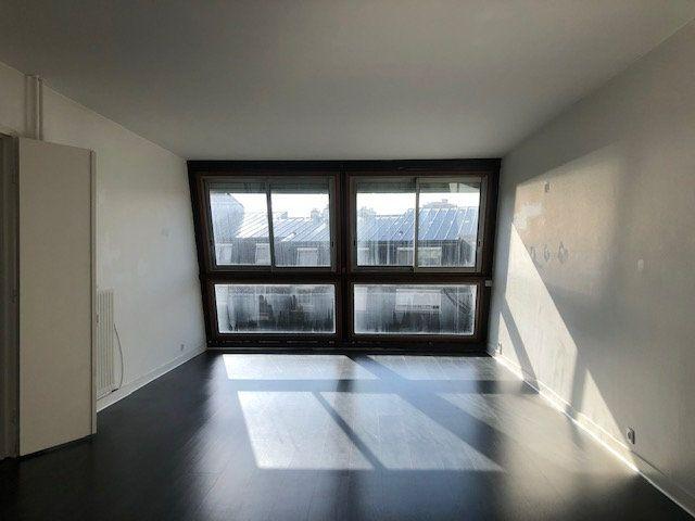 Appartement à louer 4 97.7m2 à Créteil vignette-3