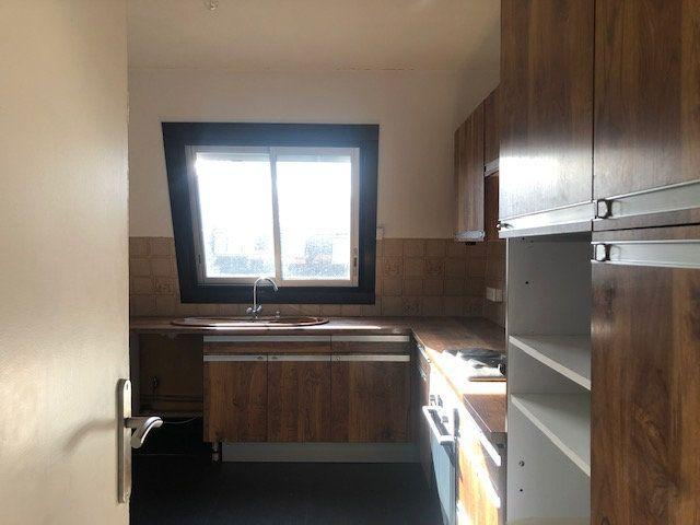Appartement à louer 4 97.7m2 à Créteil vignette-5