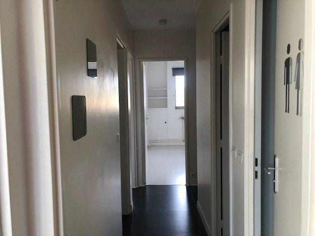 Appartement à louer 4 97.7m2 à Créteil vignette-9