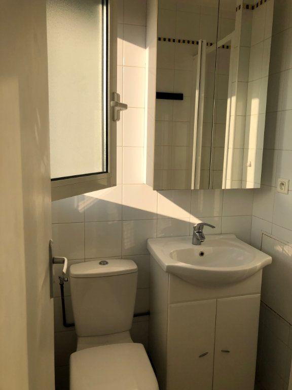 Appartement à louer 1 12.98m2 à Saint-Maur-des-Fossés vignette-5