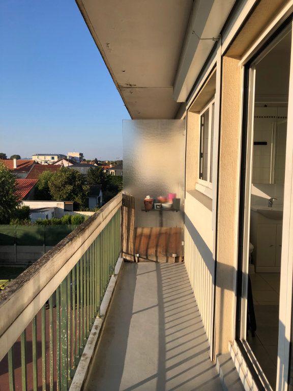 Appartement à louer 1 12.98m2 à Saint-Maur-des-Fossés vignette-8