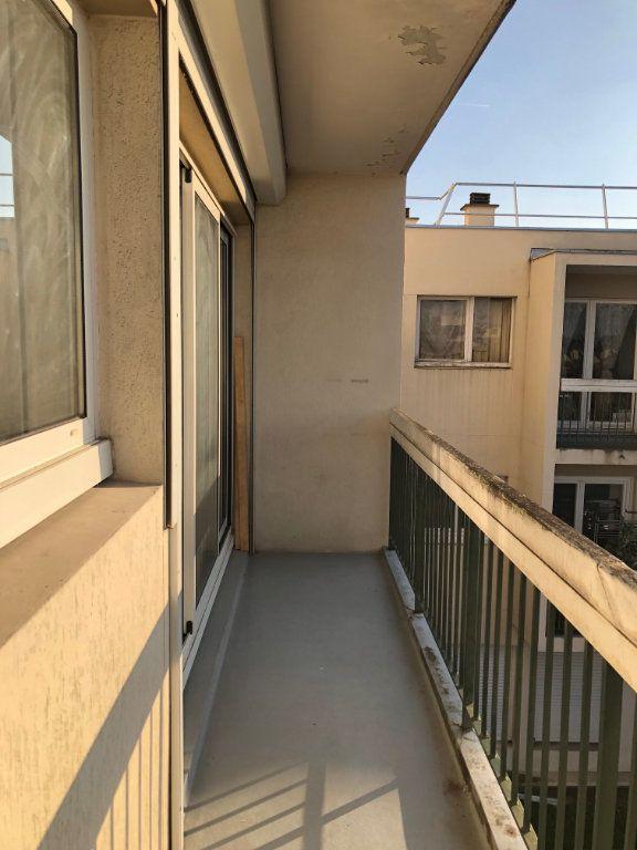 Appartement à louer 1 12.98m2 à Saint-Maur-des-Fossés vignette-10