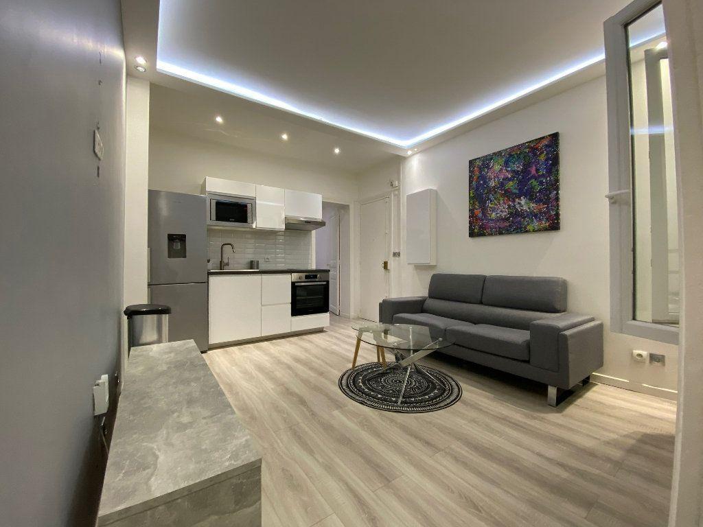 Appartement à louer 2 31.52m2 à Levallois-Perret vignette-1