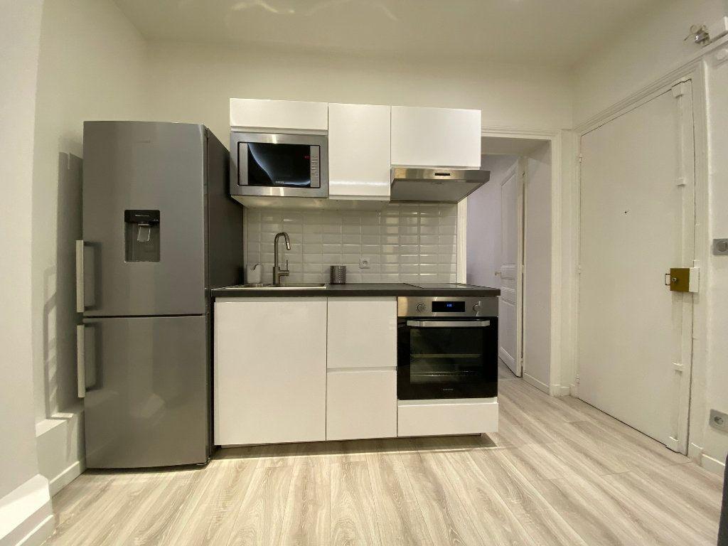 Appartement à louer 2 31.52m2 à Levallois-Perret vignette-3