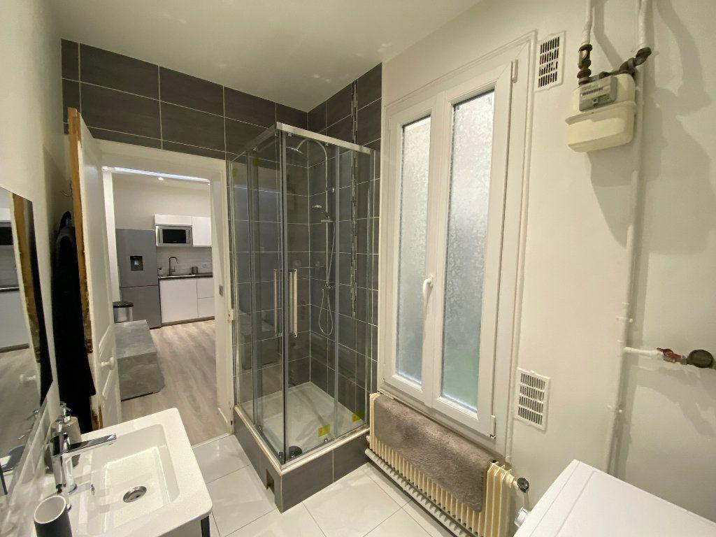 Appartement à louer 2 31.52m2 à Levallois-Perret vignette-5