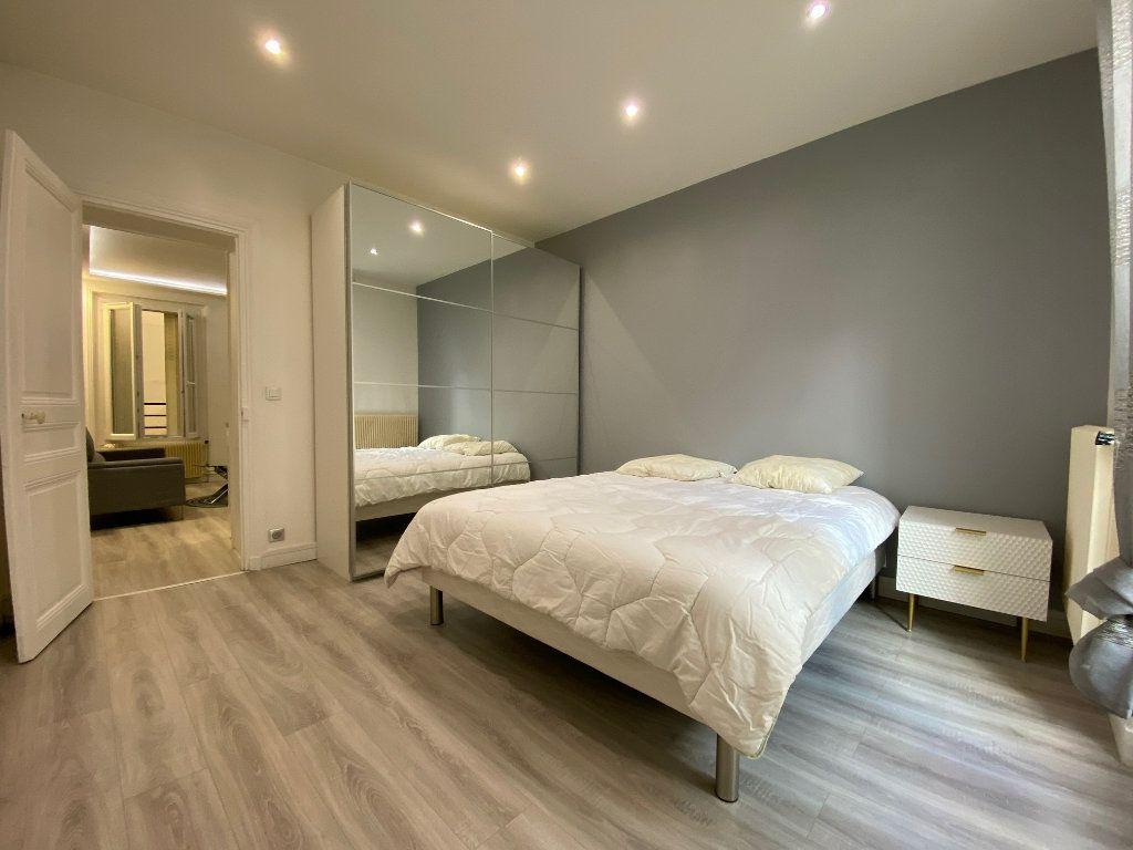 Appartement à louer 2 31.52m2 à Levallois-Perret vignette-7