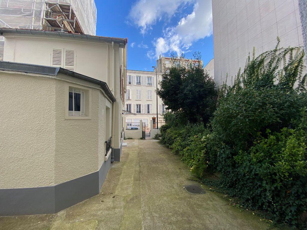 Appartement à louer 2 31.52m2 à Levallois-Perret vignette-9