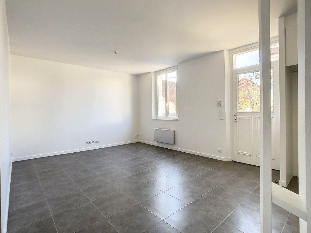 Maison à louer 4 87.35m2 à Champigny-sur-Marne vignette-3
