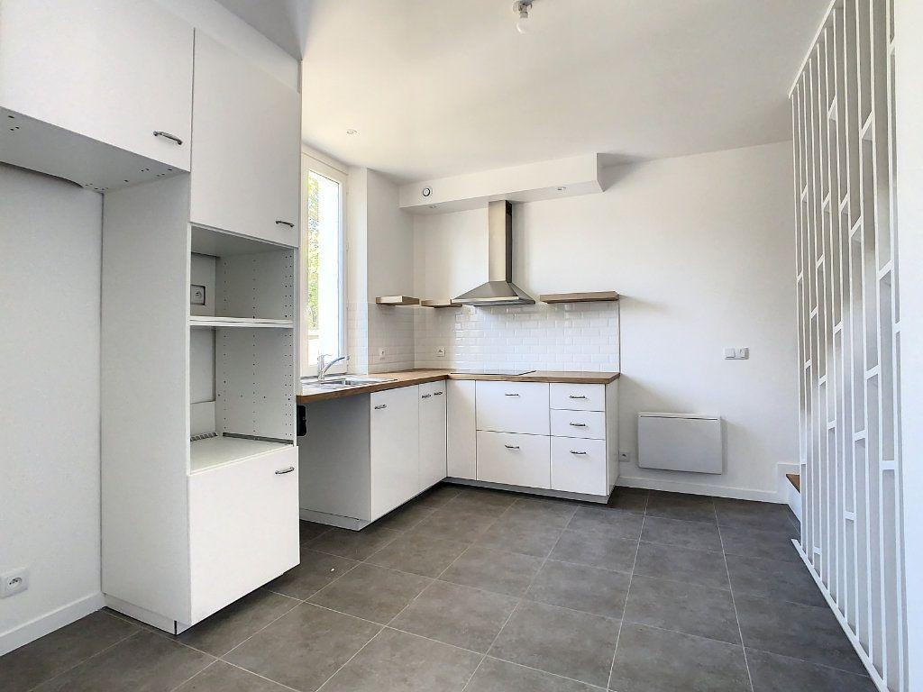 Maison à louer 4 87.35m2 à Champigny-sur-Marne vignette-4