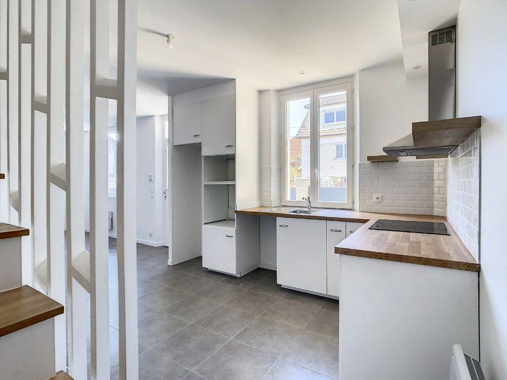 Maison à louer 4 87.35m2 à Champigny-sur-Marne vignette-5