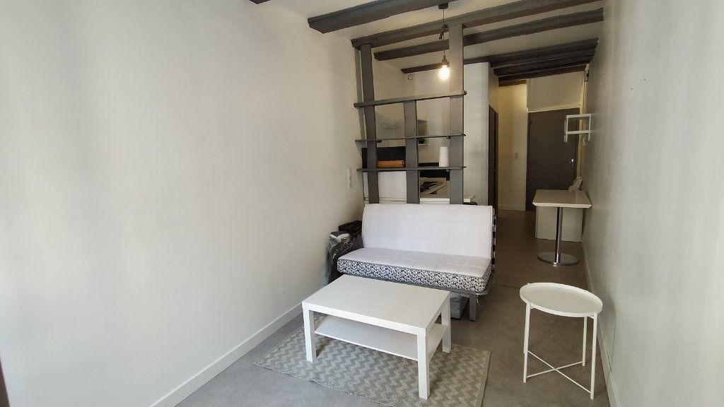 Appartement à louer 1 21.13m2 à Limoges vignette-1