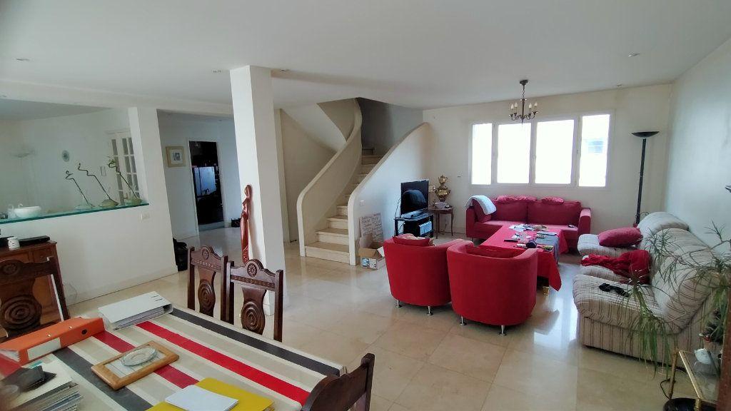 Maison à vendre 5 220m2 à Limoges vignette-1
