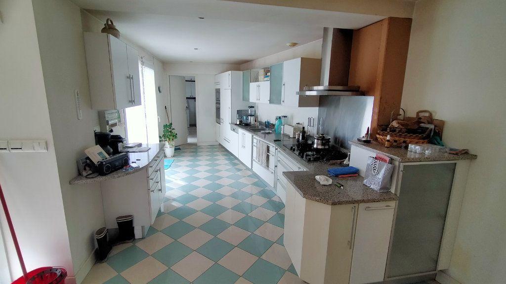 Maison à vendre 5 220m2 à Limoges vignette-2