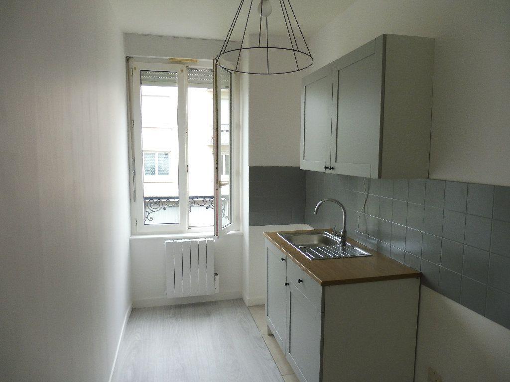 Appartement à louer 2 46.62m2 à Limoges vignette-5