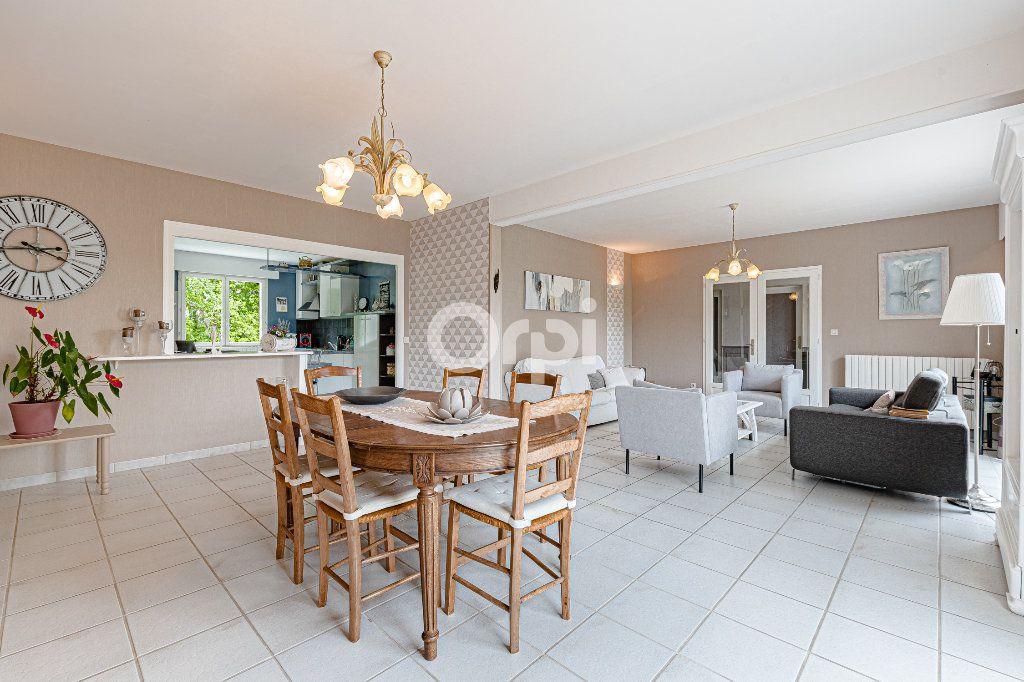 Maison à vendre 8 252.37m2 à Nantiat vignette-6
