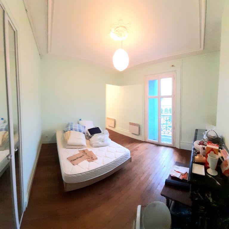Appartement à louer 2 28.6m2 à Limoges vignette-4